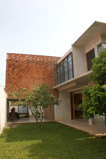 Widjanarko House - Photo by Wendy Djuhara