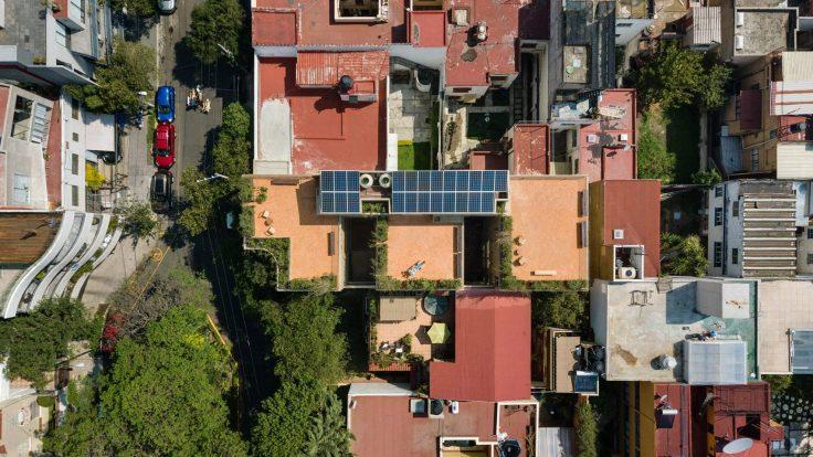 BETON KELABU KOMPLEK HUNIAN RANCANGAN HÉCTOR BARROSO CONCRETE ARCHITECTURE ARSITEKTUR MEXICO CITY HOUSE