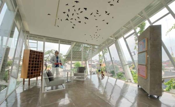 HUNIAN DAN GALERI DI RUMAH MIRING KARYA BUDI PRADONO ARCHITECTS DSGNTALK ARSITEKTUR ARCHITECTURE MODERN DESIGN HOME HOUSE INTERIOR DESIGN DECOR