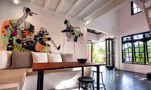 Ines Katamso Desainer Art cerita seniman ilustrasi illustration walldecor interior desain