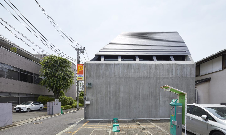 BUNKER BETON DI TENGAH PERMUKIMAN DSGNTALK JAPAN CONCRETE HOUSE INTERIOR