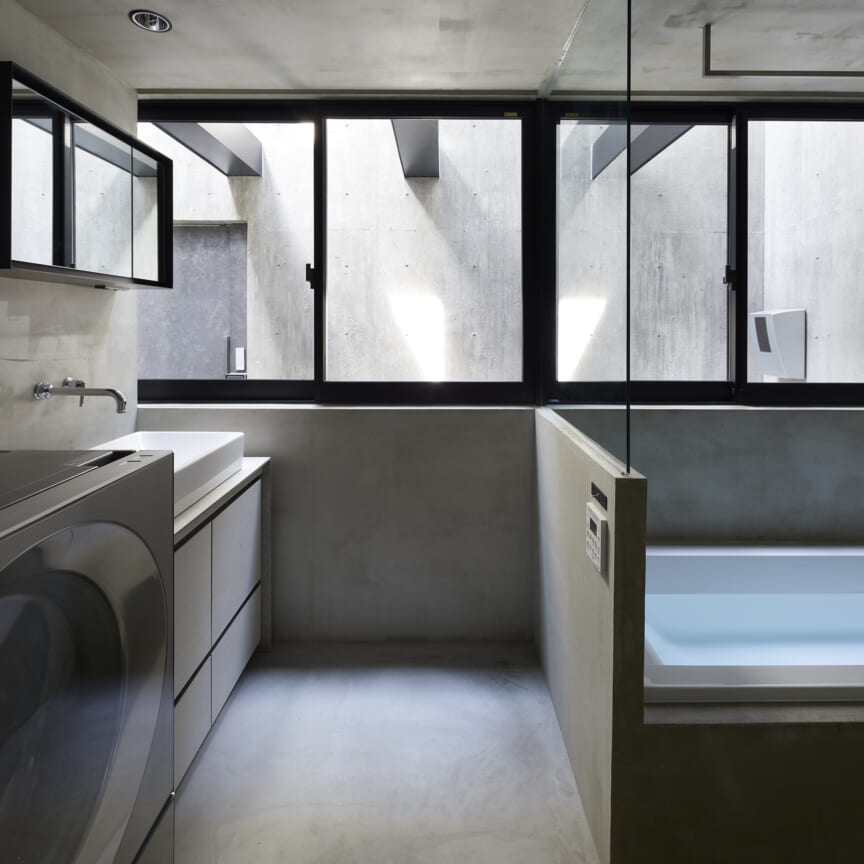 BUNKER BETON DI TENGAH PERMUKIMAN DSGNTALK JAPAN CONCRETE HOUSE INTERIOR MODERN ARCHITECTURE